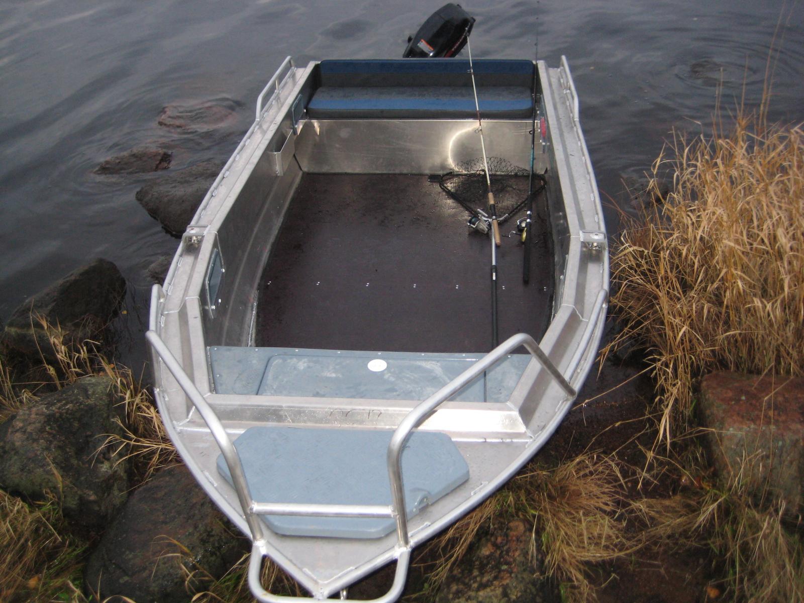 продажа моторных лодок беркут